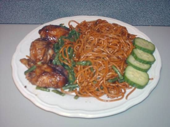 Surinamese Bami - Forget about the chicken, don't even think about forgetting the 'maggi block' :D