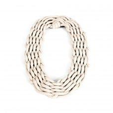 Pure & simple: weaved necklace