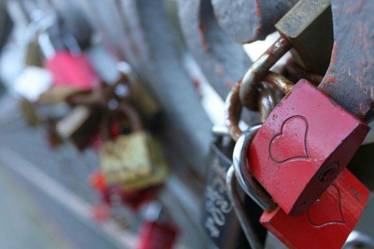 Liefde aan de brug. Rheine, Germany.