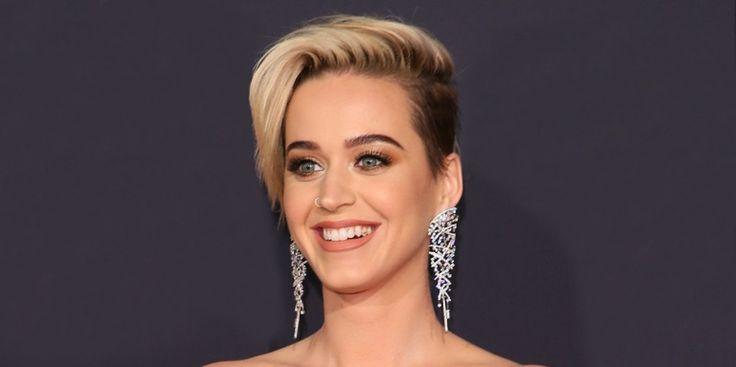 Katy Perry Releases New Music Video Swish Swish http://ift.tt/2xg2tMx