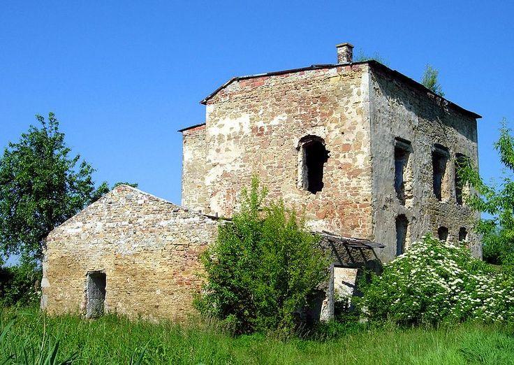 Castle Ćmielów, Poland