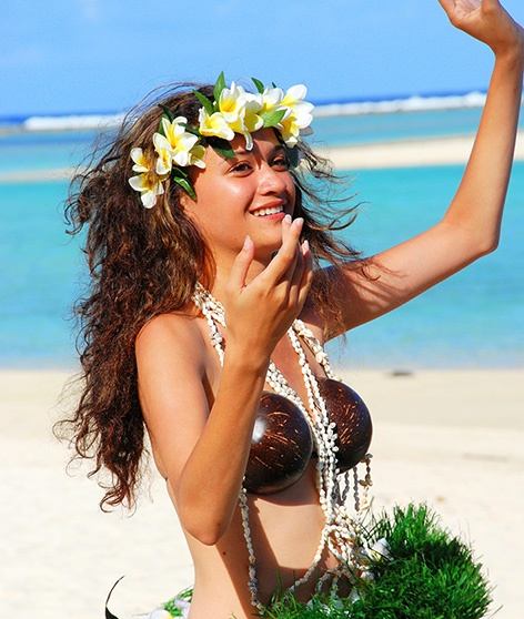 Beautiful Polynesian dancer from Muri Beach Club Hotel, Cook Islands. #Muribeachclubhotel #Cookislands #Polynesiandancer