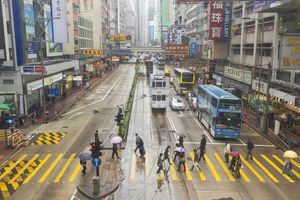 Find out the typical weather in Hong Kong during each month of the year, including the average temperature and rainfall.: Weather in Hong Kong in May