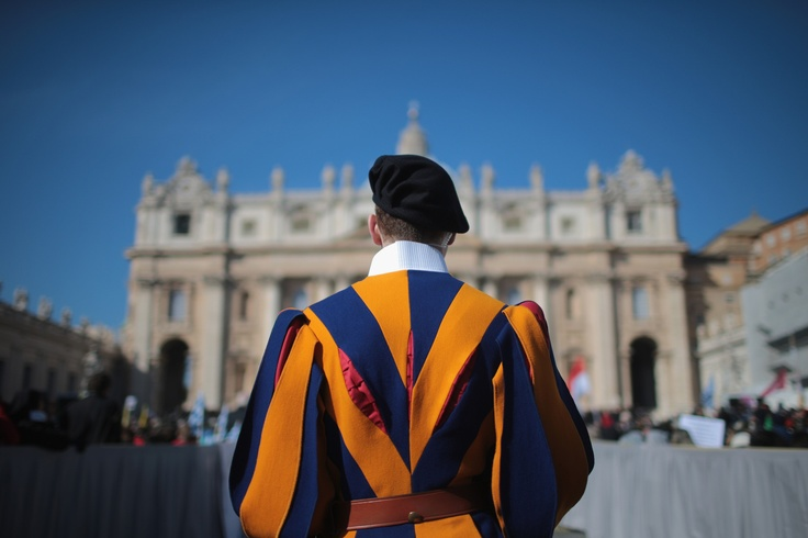 41GS: Guardia Suiza, Pope Benedict, Guard Stands, Benedict Xvi S, Getty Images, Swiss Guard, Cartoon Picture Photo