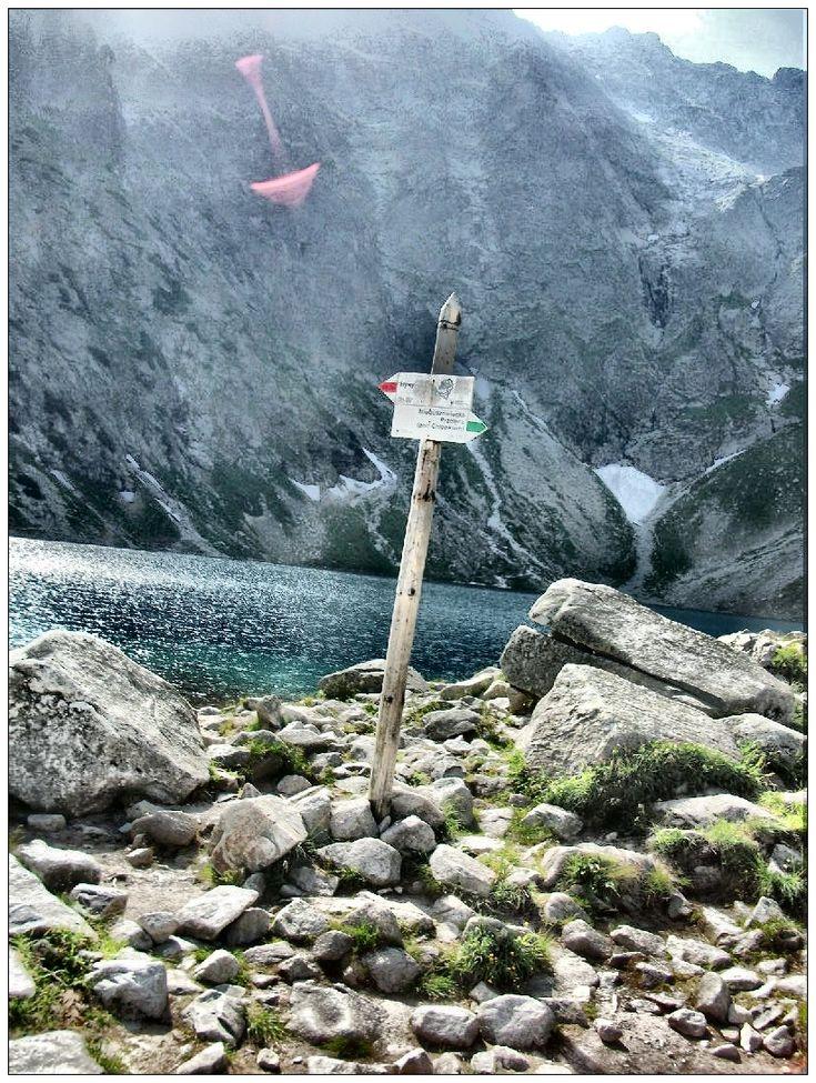 Czarny Staw pod Rysami w Tatrach #krajobrazy #górskie #Poland #Polska #Czarny #Staw #pod #Rysami #zdjęcia #HDR #photography #landscapes #góry #Mountains #Tatry #Tatra #Mountains