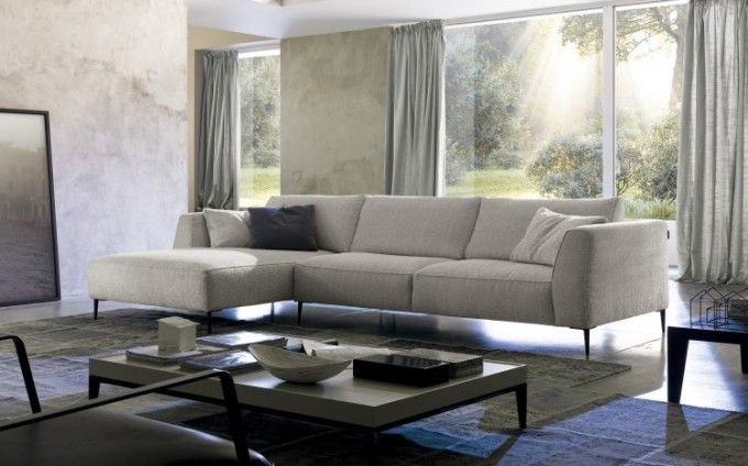 Oggi vorrei segnalare su Chateau d'Ax divani, i più belli di quest'anno. Si, perché proprio da poco abbiamo acquistato per il nostro nuovo appartamento un divano ad angolo in tessuto sfoderabile.