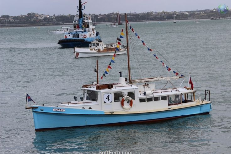 Auckland Anniversary Day Regatta & Tugboat Race 2016 ... 29  PHOTOS        ... This is the world's largest one day regatta.        Posted from:          http://softfern.com/NewsDtls.aspx?id=1066&catgry=7            #photos of Auckland, #Wharves, #images of New Zealand