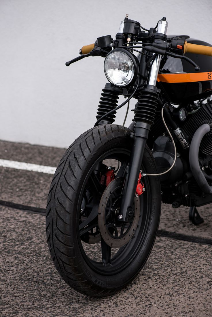 '94 Moto Guzzi V65 with 52 HP. After few test rides we have decided to build this motorcycle in real cafe racer style. Bike supposed to...