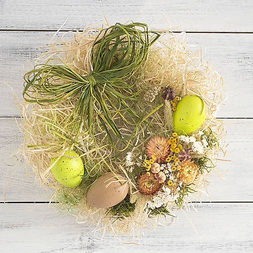 Easter wreath, eggs, flowers