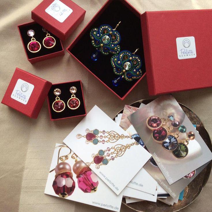 Päckchen für unsere Kunden packen ♥