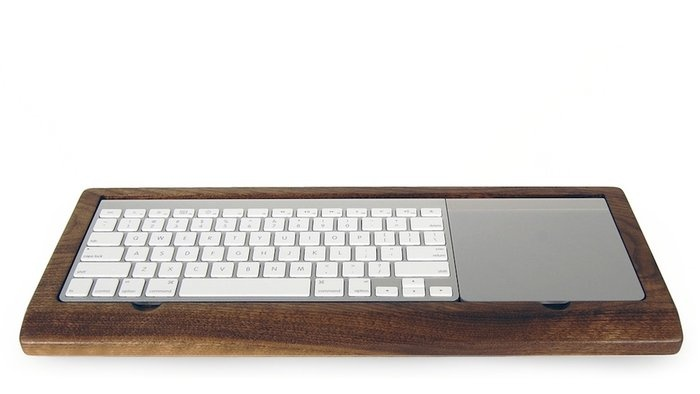 Wooden Mac Keyboard Tray by Hekseskudd