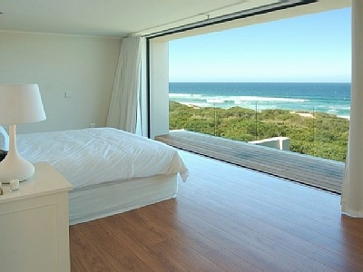 Amazing bedroom in Keurboomstrand, Plettenberg Bay, South Africa. #homeaway #vacationrental http://www.homeaway.com/vacation-rental/p421413