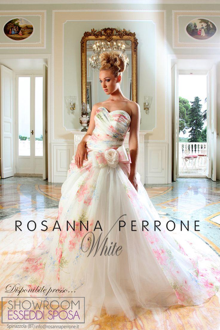 Motivi floreali ed eleganza nel design moda Rosanna Perrone