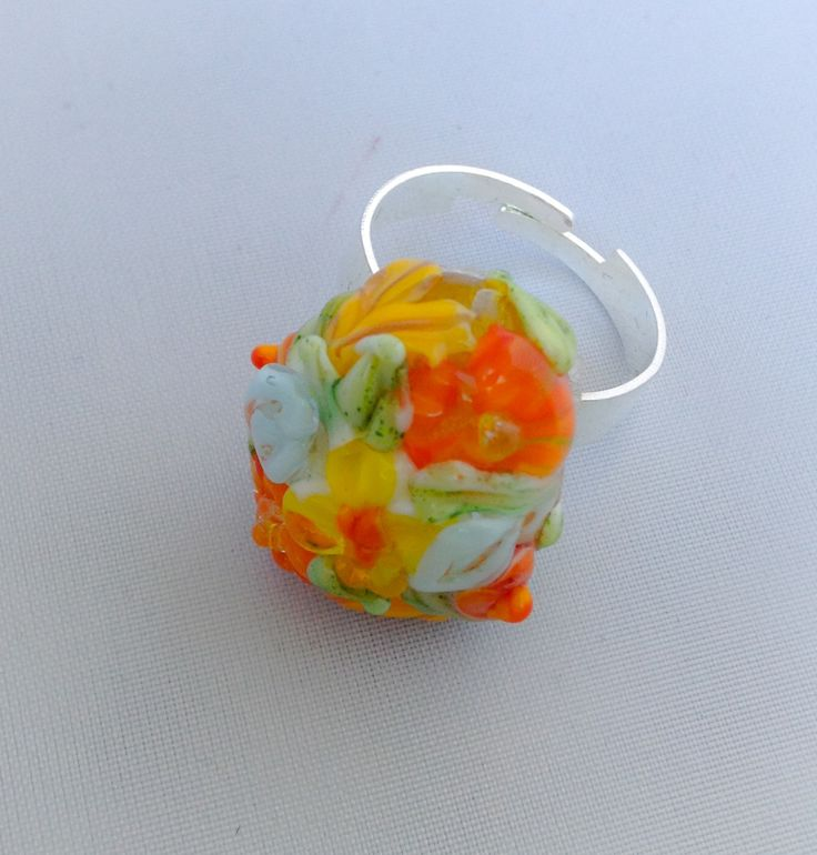 Raised floral Lampwork ring by Vbeads
