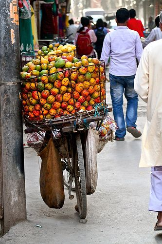 mangos for sale, thamel, nepal | travel photography #asia