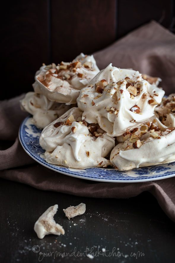 Maple Cinnamon Meringues with Toasted Almonds from Gourmande in the Kitchen Maple Cinnamon Meringues with Toasted Almonds