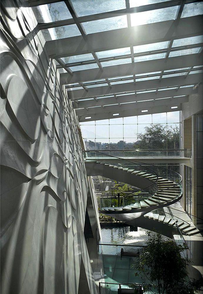 Bandung Hilton - Warner Wong Design |  Pinned by www.DoubleTreeTorrance.com