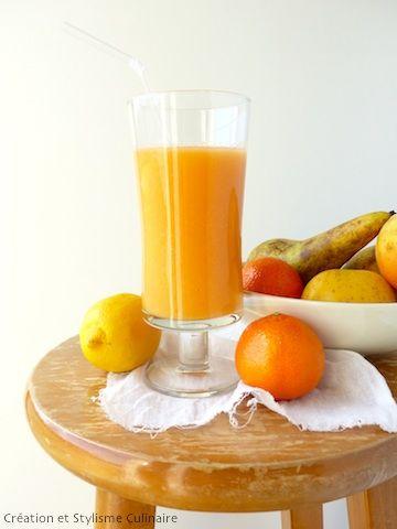 Pour bien démarrer la journée, rien de tel qu'un bon smoothie à la carotte maison, pilier du petit déjeuner sans gluten. Simple, équilibré et savoureux.