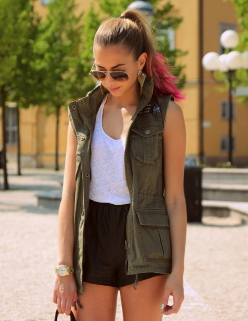 : Fashion Sen, Leather Shorts, Dreams Clothing, Style Inspiration, Summer Parties, Kenza Outfit, Kenza Zouiten, Spring Summe, Fashion Girls