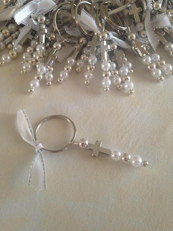 Martyrika Keychains-Witness Pins for Greek Orthodox Baptism -Baptism Favors-Baby Shower Favors Key Ring size:20mm Silver beads Pearl beads Silver cross size:13x9mm Ribbon They can also be used as favors Fast Shipping Thank you for looking #BridalShowerFavors