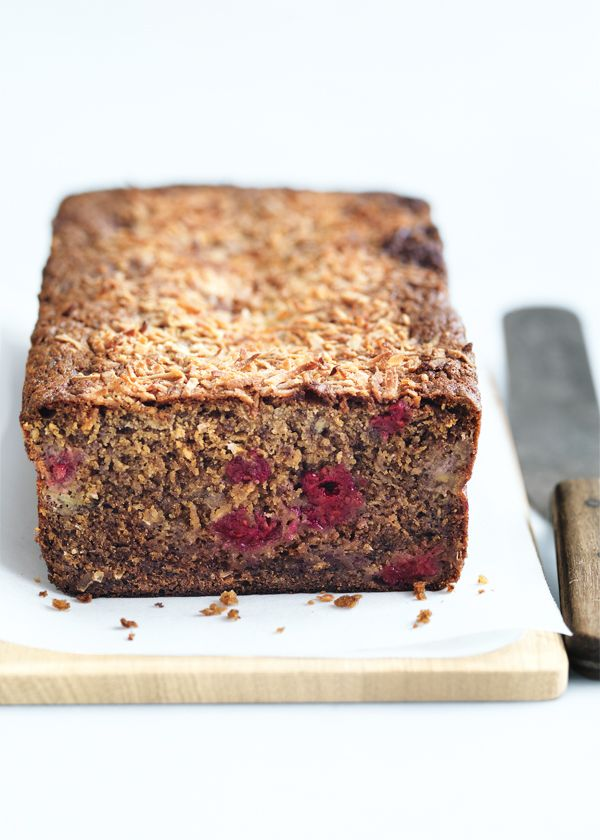 banana, raspberry and coconut bread 125g butter, softened 1 cup (175g) brown sugar 1 teaspoon vanilla extract 2 eggs 2 cups mashed banana 1 cup (160g) frozen raspberries ½ cup (25g) sweetened coconut flakes, plus extra, for sprinkling 1¾ cups (255g) plain (all-purpose) flour, sifted 1 teaspoon baking powder, sifted 1 teaspoon bicarbonate of (baking) soda 1 teaspoon ground cinnamon ⅓ cup (115g) golden syrup