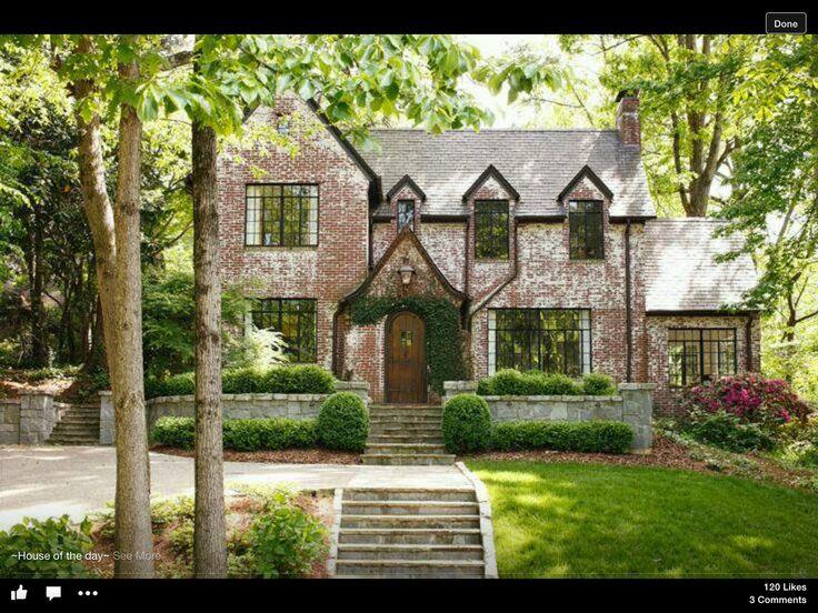 Gorgeous Tudor Style...