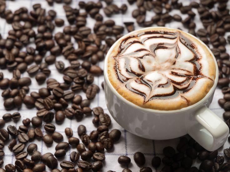 Скачать обои кофе, капучино, пена, шоколад, чашка, раздел еда в разрешении