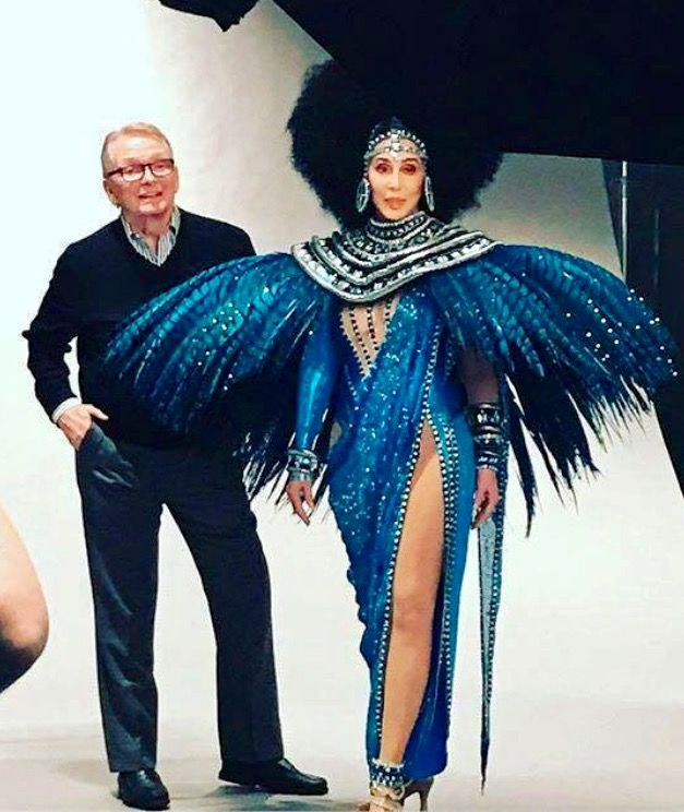 Bob Mackie with Cher, photoshoot in her opening outfit at the Monte Carlo 2017