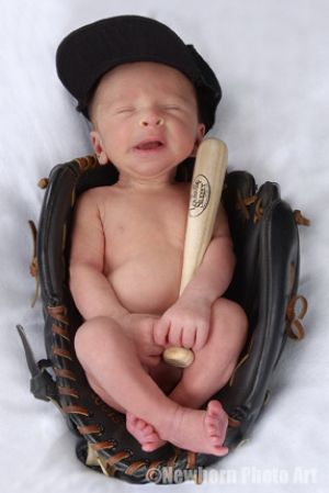 How cute!: Pictures Ideas, Newborns Photo, Photo Ideas, Baseball Gloves, Baby Boys, Newborns Pics, Baby Pictures, Baseball Baby, Little Boys