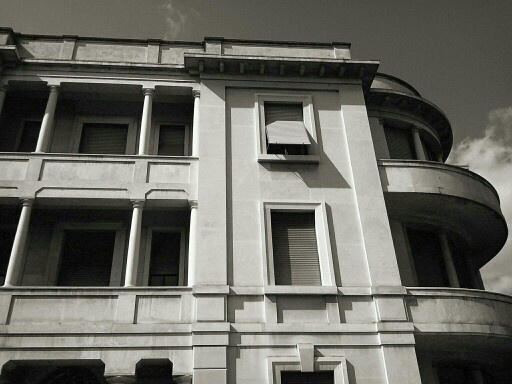 Rationalism in #forli #art #romagna an old palace built in 1935