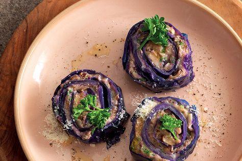 Rotolo di cavolo viola ai funghi