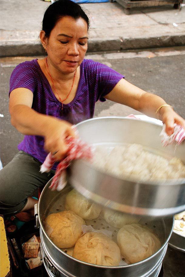 Momos in Tiretti Bazar   The Last Chinese Remnants Of Kolkata!   IshitaUnblogged