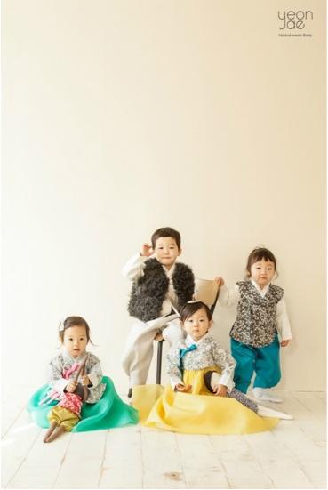 .Korean  | 아기들 한복.