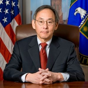 Will Falling Oil Prices Kill Wind and Solar Power  - Former U.S. Energy Secretary Steven Chu weighs in on the future of energy -- Read more on ScientificAmerican.com