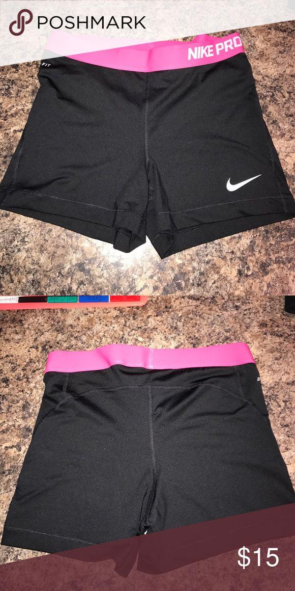 Nike compression shorts Pink waist band, black compression shorts Nike Shorts