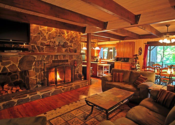 https://i.pinimg.com/736x/5e/11/f5/5e11f51a99764b5adddf8b1f31533990--river-cabins-rock-fireplaces.jpg