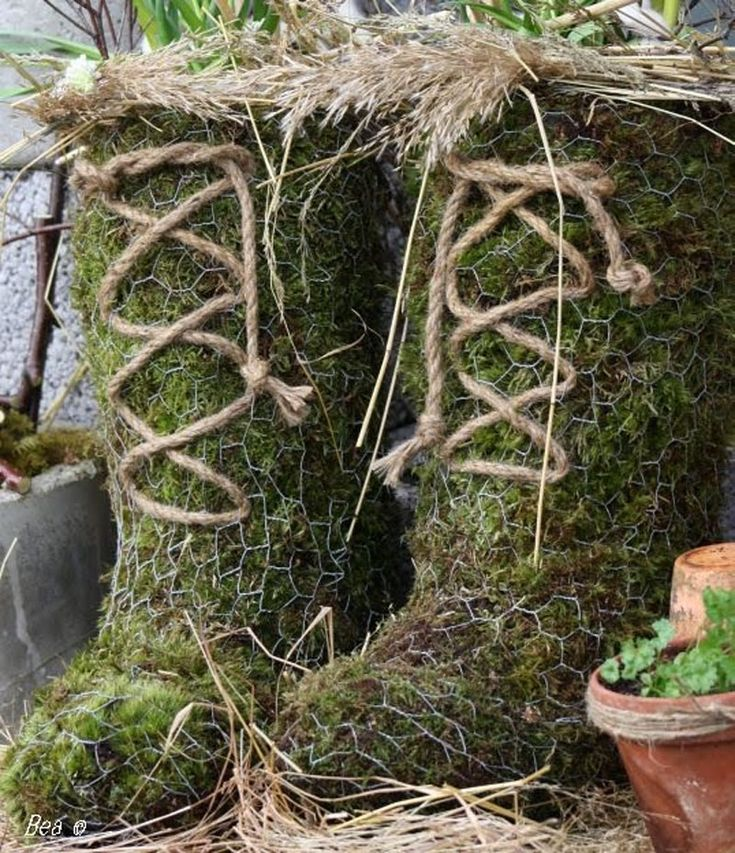 garden project moss hum you could probably do all kinds of forms and shapes