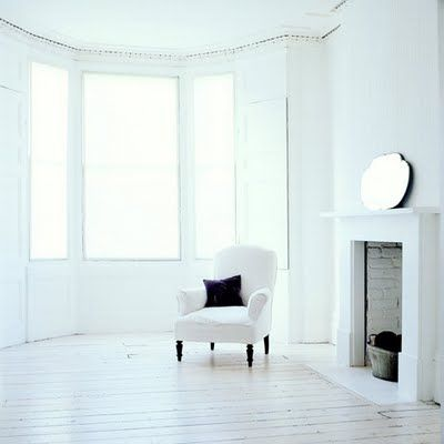 a room to breathe in...Bays Windows, Dining Room, House Inspiration, Beach Studios, Fireplaces, Squareh Bays, Fun Lane, Vintage Minimalist, White Interiors