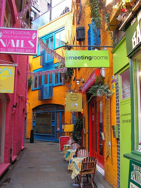 neal's yard covent garden by bruellendertiger