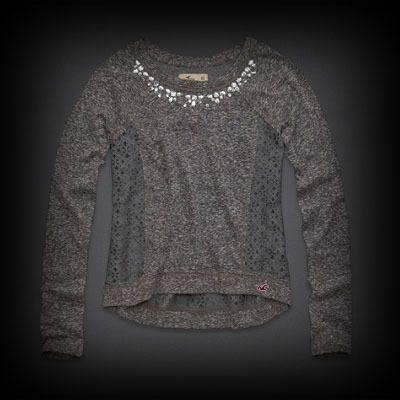 ホリスター Country Line Lace Back Shine Top ニット Tシャツ  胸元のビジュー使いとサイド部分が切り替えしでレースになっているフェミニンで可愛らしいアイテム♪女性らしいコーデが完成します。