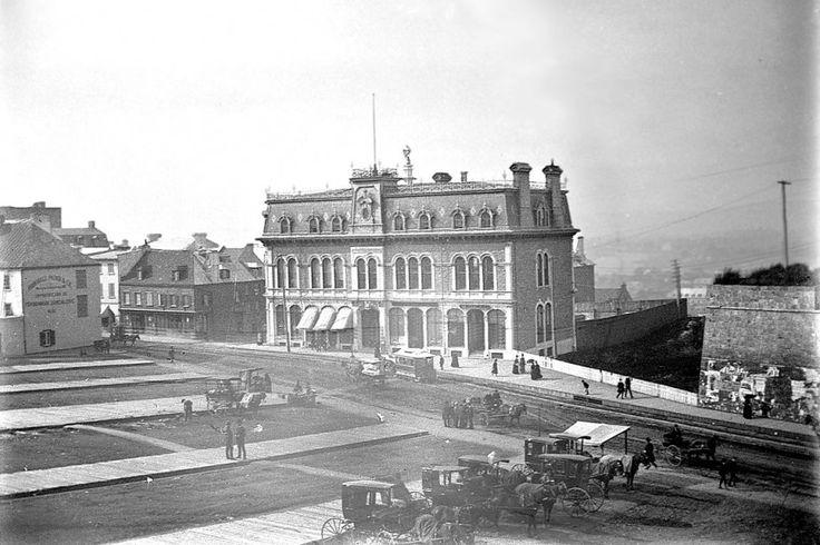 Le YMCA de place D'Youville en 1890 - ville de Quebec