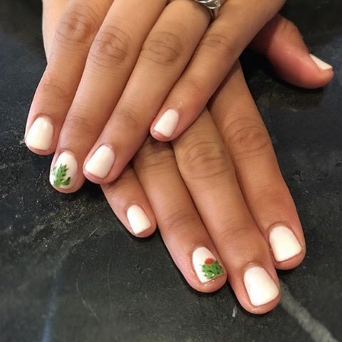 """""""Succulent Nails"""" Are Apparently Now a Thing"""