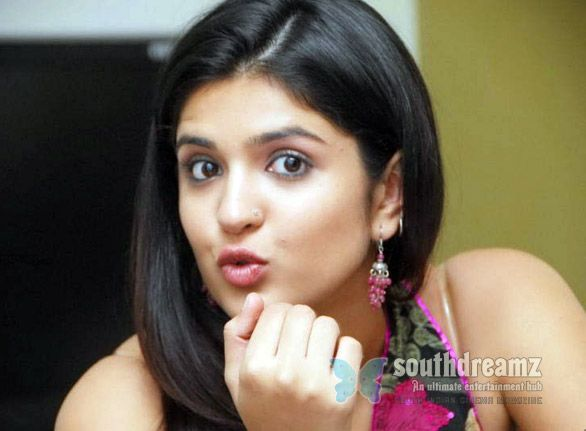 Deeksha Seth excited being busy, but Vettai Mannan worries her