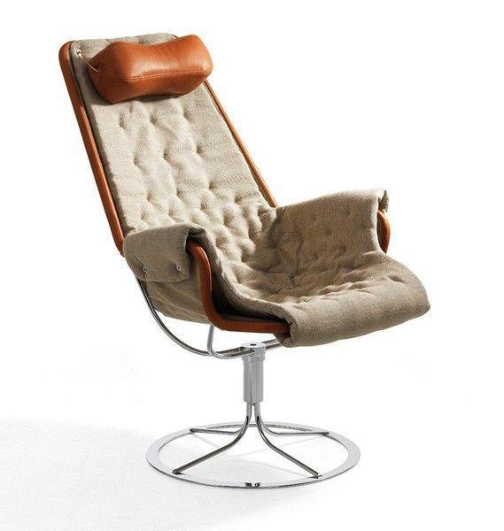 Jetson Chair. Bruno Mattson. In canvas and cognac leather.