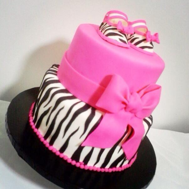 Pink zebra baby shoes cake / roze zebra baby schoentjes taart