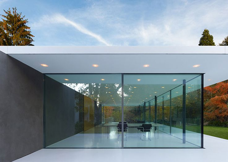 Haus D10 by Werner Sobek: Dreams Home, Architects Werner, Haus D10 By Werner Sobek, Glasses Pavillion, Modern Houses, Hidden Kitchens, Houses D10 Werner, Golden Sliding, Glasses Houses