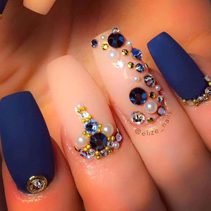White And Blue Nail Ideas For Prom: Beautiful Royal Blue