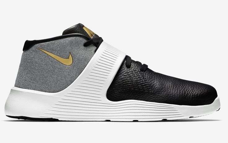 SB50 NIKE ULTRA XT (via Kicks-daily.com)