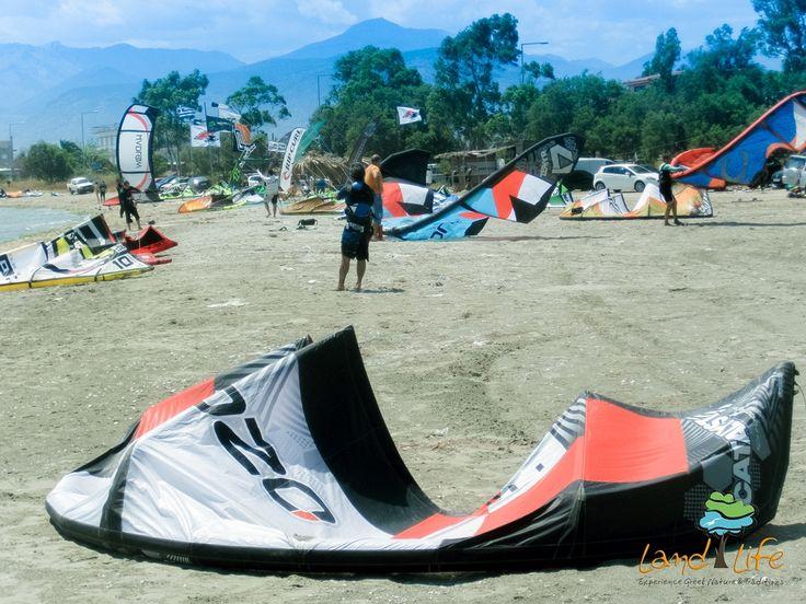 Enter to the magic world of Kite Surf via LandLife
