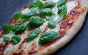 hjemmelavet pizza pizzadej opskrift